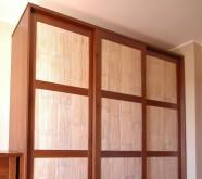 armadio in legno stile etnico bambu