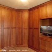 armadio su misura in vero legno massello noce