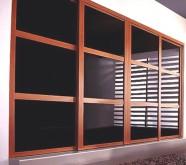 armadio a muro ante a vetri