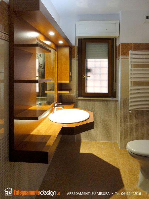 bagno mobile in legno foto u455
