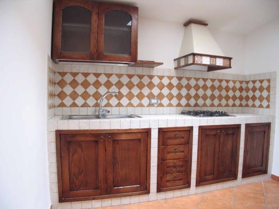 Cucine in muratura roma su misura falegnamerie design for Cucine in muratura fai da te