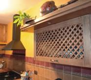 cucina in legno castagno