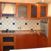 cucina in legno ciliegio