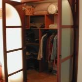 dettaglio accesso cabina armadio