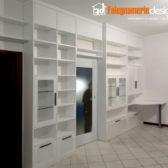 libreria con porta