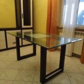 tavoli in legno e vetro