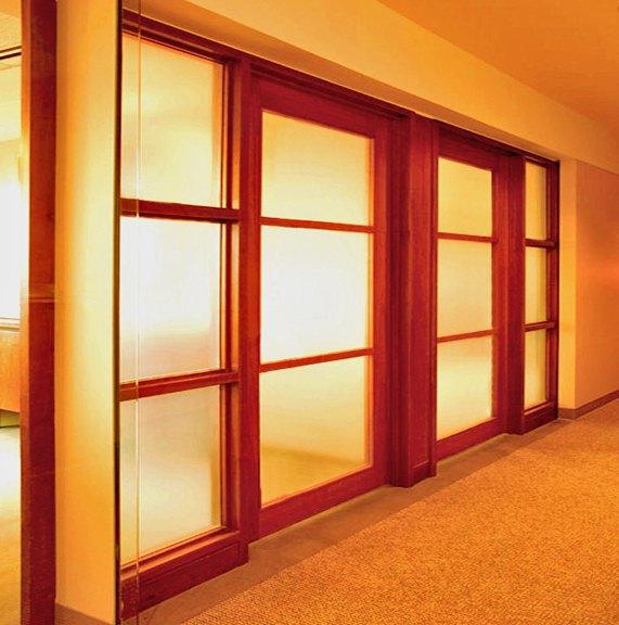 Pareti divisorie roma in legno su misura per i vostri spazi - Porta scorrevole su misura ...