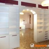 mobile libreria bifacciale bianca rossa legno