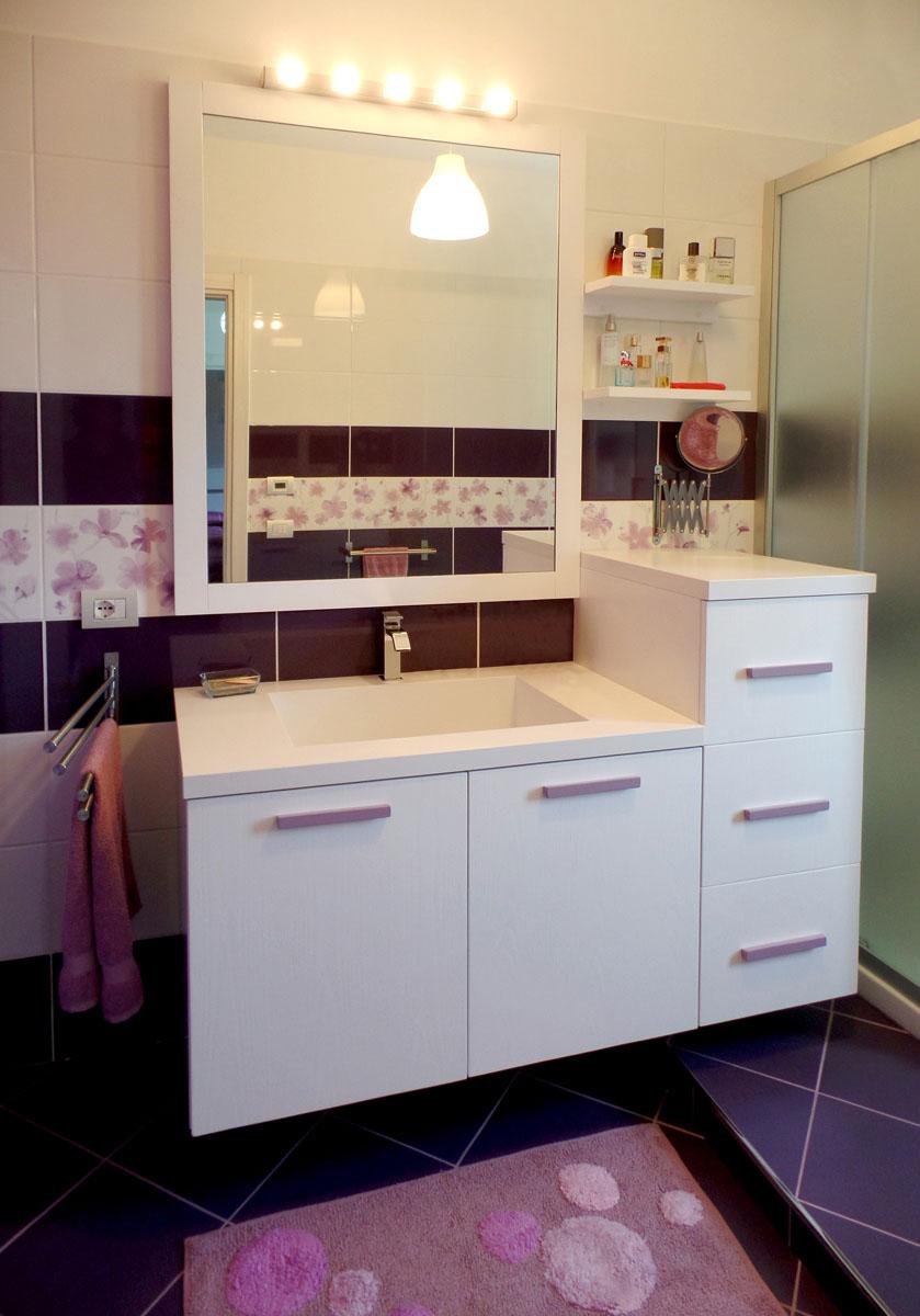 Foto mobili bagno su misura falegnamerie design for Mobile lavello bagno