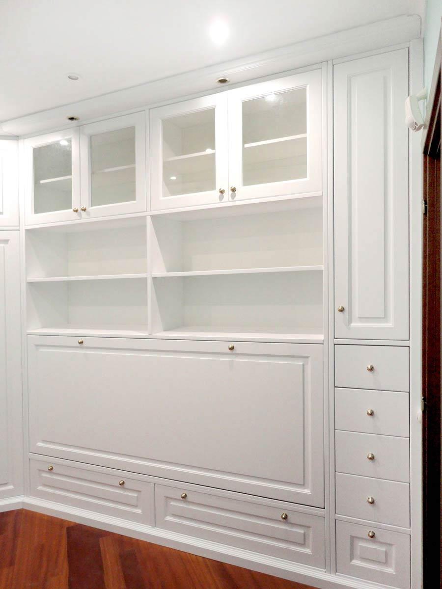 Foto camere da letto su misura falegnamerie design - Camera da letto laccata bianca ...