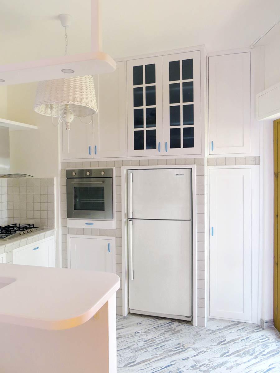 Cucine in muratura 89 idee in vero legno falegnamerie - Cucine in muratura foto ...