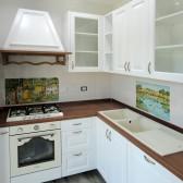 cucina ad angolo in legno bianco