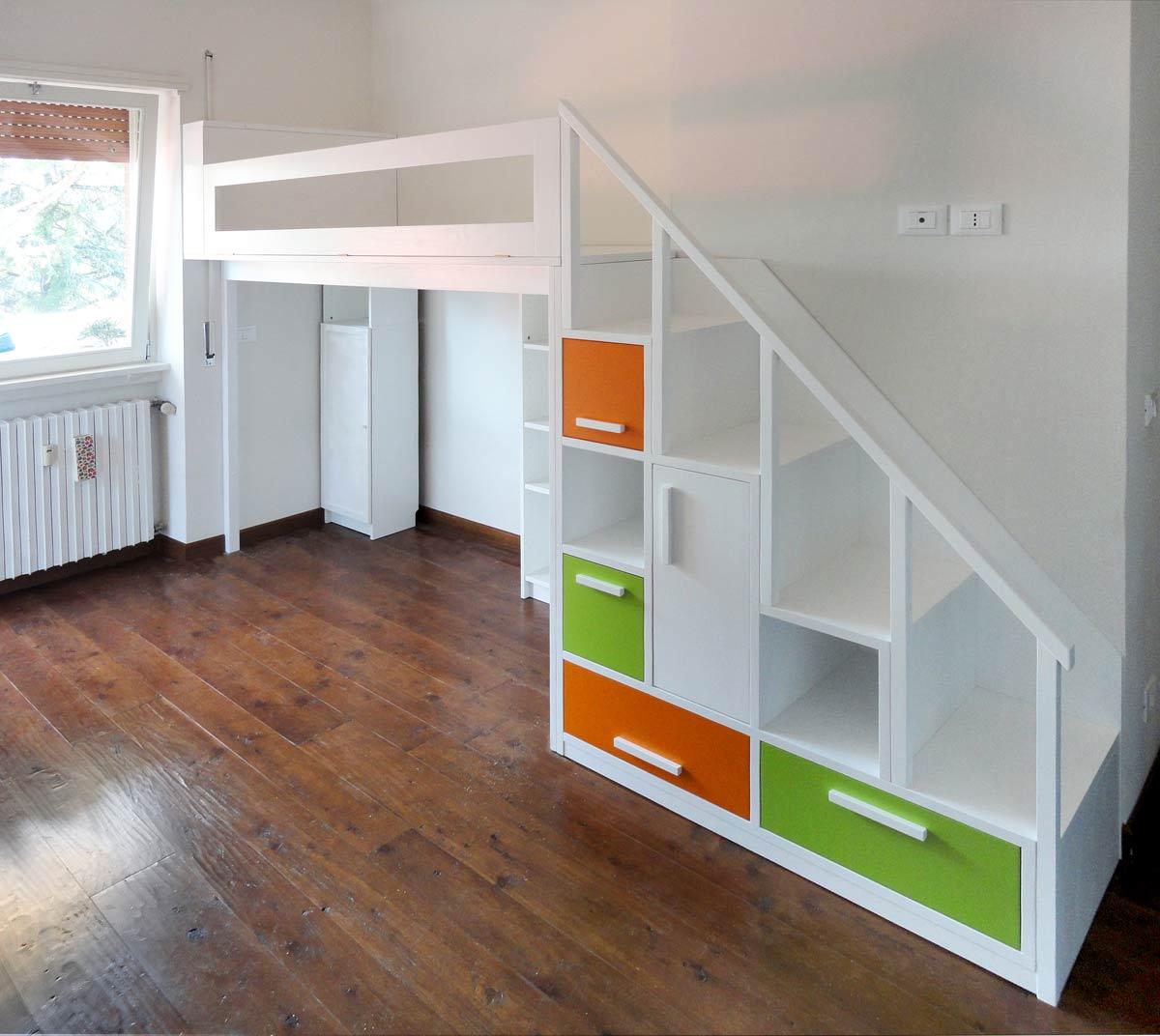 Foto letti a soppalco su misura falegnamerie design for Camere da letto basso costo