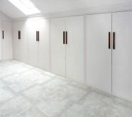 armadio per mansarda bianco frassino