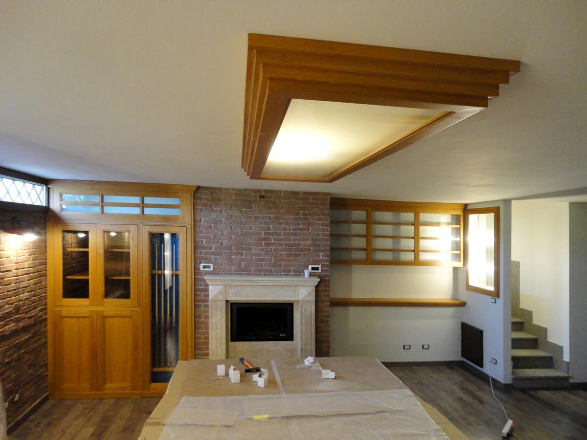 sala hobby su misura in legno