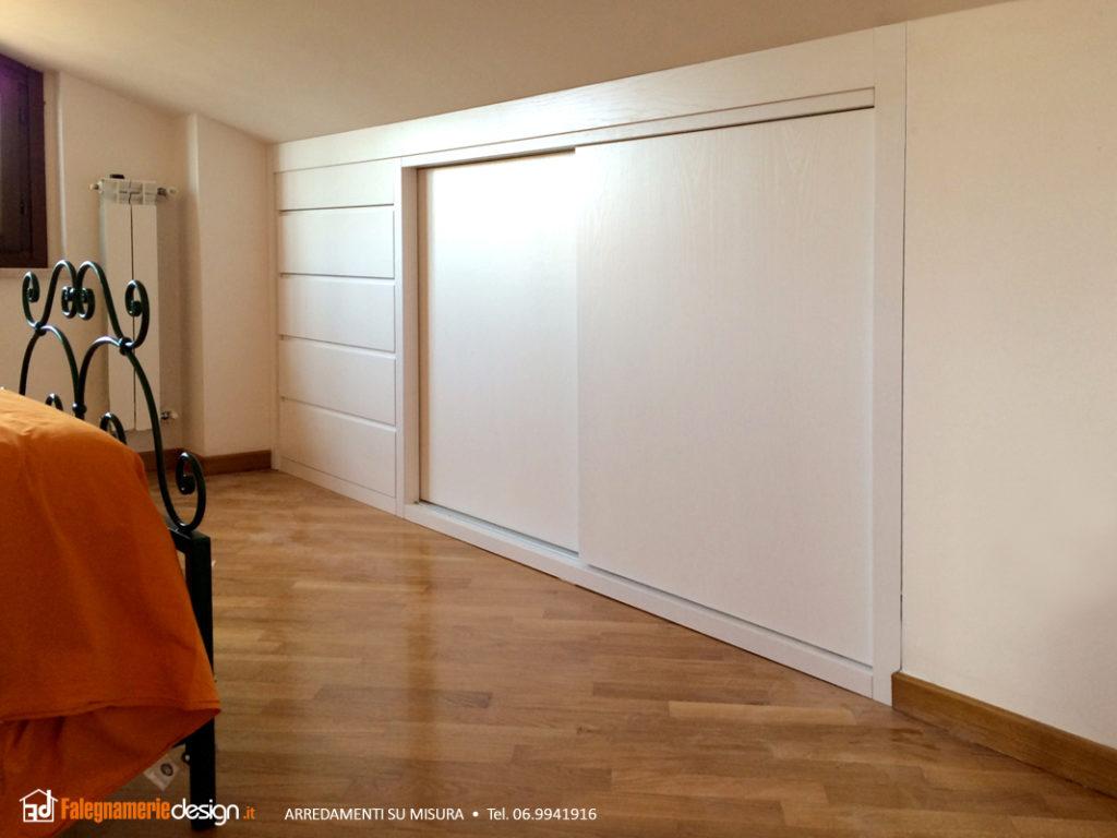 Mobili al centimetro il vero legno a prezzi incredibili for Mobili per mansarda