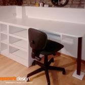 scrivania bianca legno