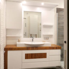 9a bagno in legno patronale