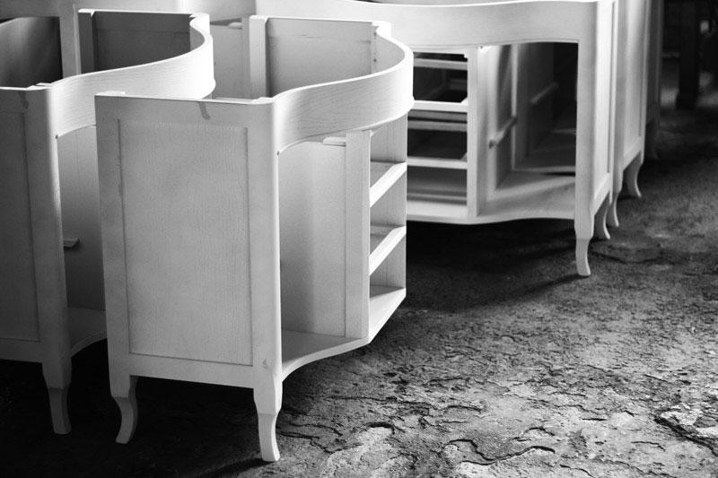 Mobili in legno progettati su misura e lavorati da falegnami professionisti